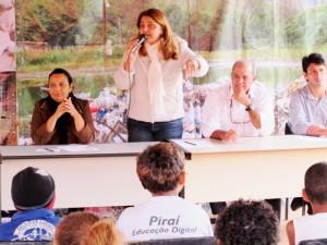 A representante da Secretaria de Meio Ambiente de Piraí, Edivane Lage, fala da importância deste tipo de parceria.